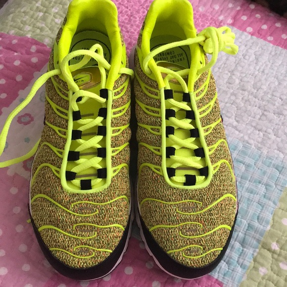62c222b6b1 Nike Shoes | One Hour Sale Only Air Max Plus Se Tn Tuned | Poshmark